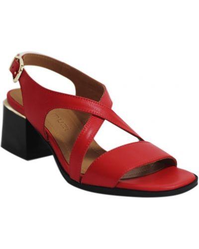 Босоножки на каблуке - красные Mario Muzi