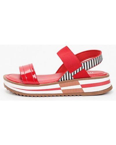 Красные сандалии Moleca