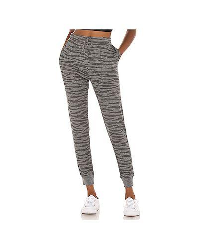 Махровые серые брюки с карманами на шнурках Splendid