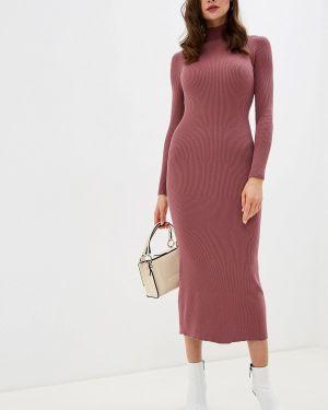 Розовое вязаное платье Brusnika