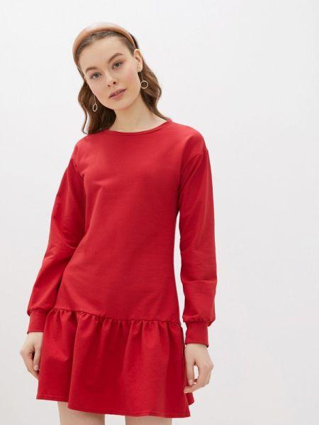 Платье прямое красный Numinou
