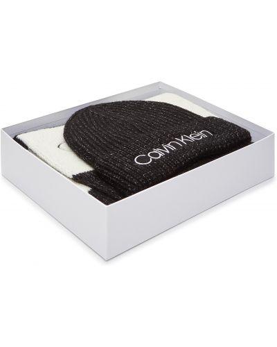 Czarna czapka beanie z akrylu Calvin Klein