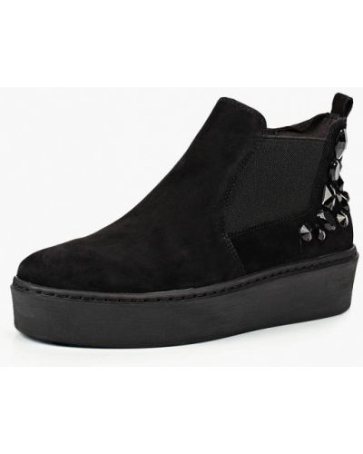 Ботинки на каблуке осенние высокие Tamaris