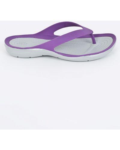 Фиолетовые сандалии Crocs
