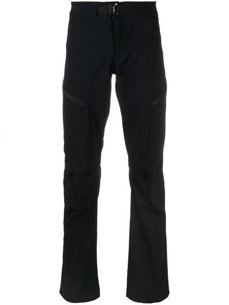 Czarne spodnie klamry z nylonu Arcteryx