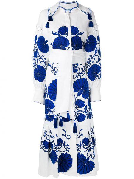 С рукавами белое льняное платье с вышивкой Yuliya Magdych