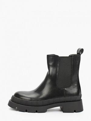 Черные демисезонные ботинки челси Vivian Royal