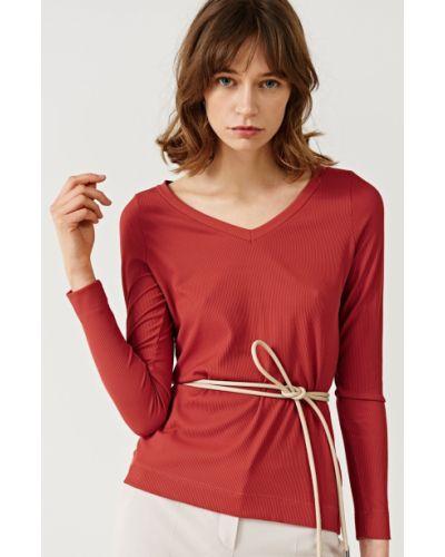 Блузка с V-образным вырезом трикотажная Simple
