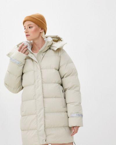 Бежевая утепленная куртка Helly Hansen