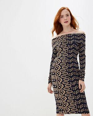 Платье с открытыми плечами осеннее мадам т
