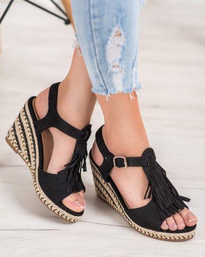 Czarne sandały z frędzlami zamszowe Small Swan
