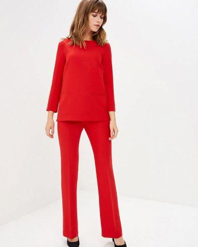 Красный брючный костюм Villagi