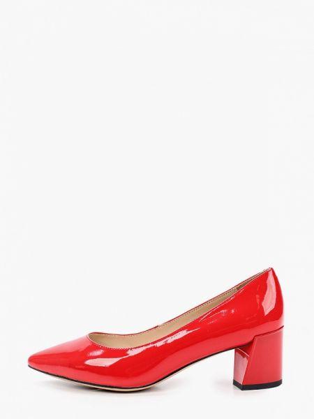 Кожаные лаковые красные кожаные туфли закрытые Mascotte