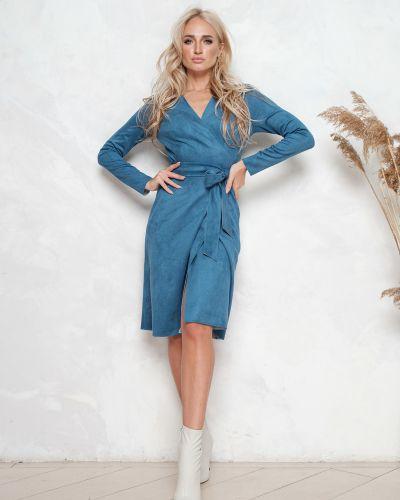 С рукавами замшевое платье с запахом с декольте Leleya
