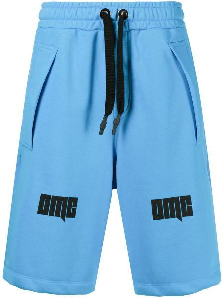 Niebieskie spodenki sportowe bawełniane z printem Omc
