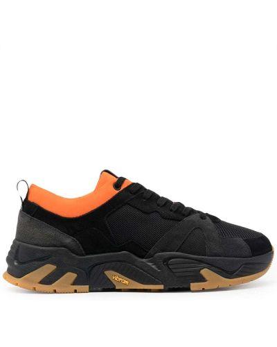 Кожаные черные кроссовки на шнуровке P448