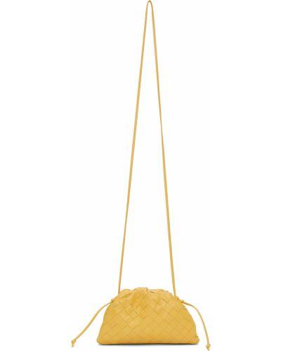 Złota kopertówka - żółta Bottega Veneta