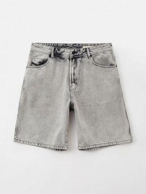 Серые джинсовые шорты Diesel