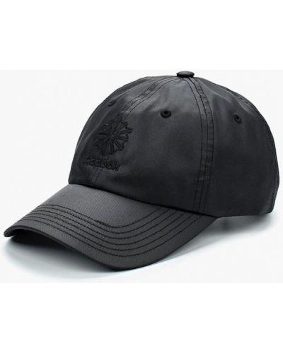 Черная кепка Reebok Classics