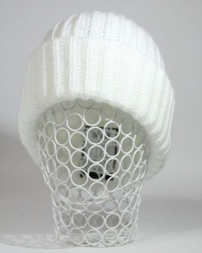 Белая шапка Grazor