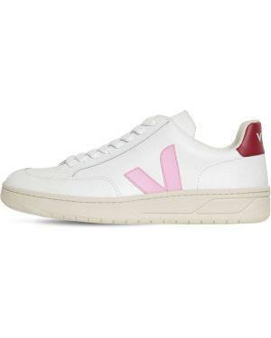 Кожаные кроссовки с логотипом на шнуровке Veja