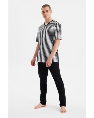 Piżama z wiskozy - czarna Trendyol