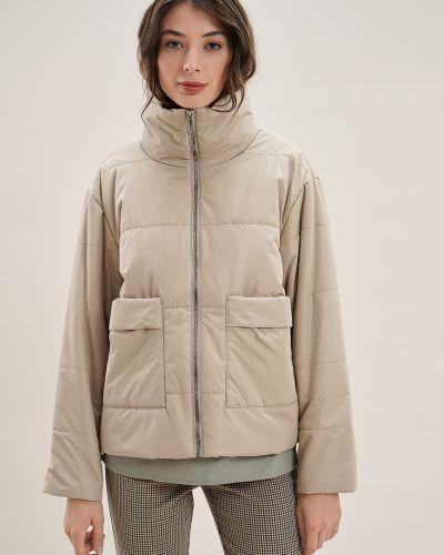 Бежевая куртка утепленная O'stin