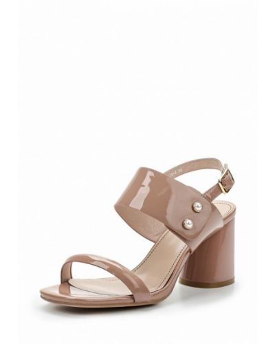 Розовые босоножки на каблуке Covani