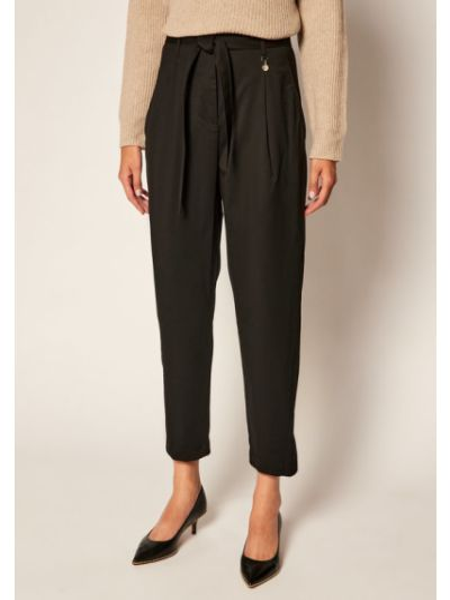 Czarne spodnie materiałowe Pennyblack
