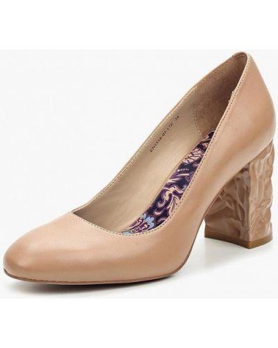 Кожаные туфли осенние на каблуке Ekonika
