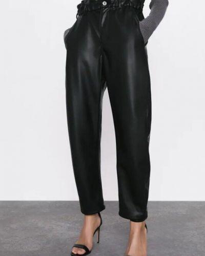 Черные с завышенной талией кожаные брюки Zara