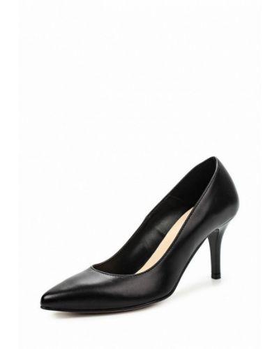 Туфли на каблуке черные кожаные Bata