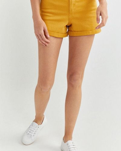 Желтые повседневные шорты Springfield