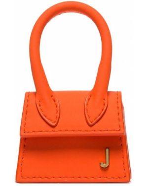 Маленькая сумка Jacquemus
