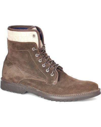 Коричневые туфли замшевые Fabi