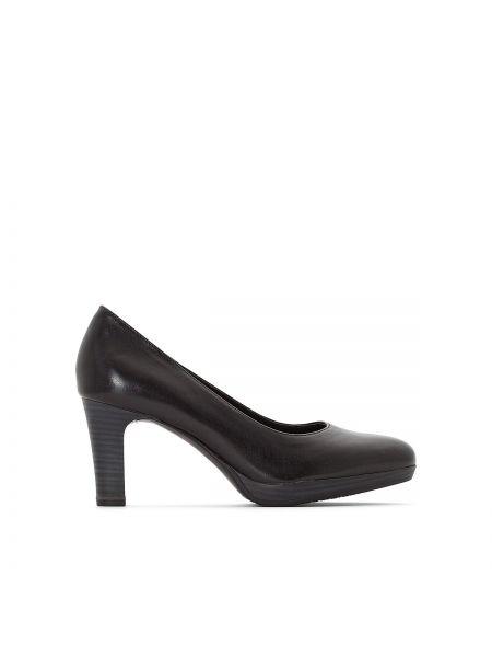 Кожаные туфли на каблуке на шпильке Tamaris