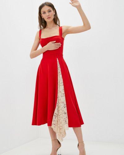 Костюмный красный юбочный костюм Lipinskaya Brand