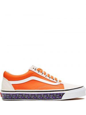 Оранжевые кожаные кеды на шнуровке Vans