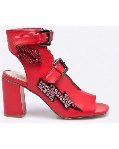 Красные туфли Silvian Heach