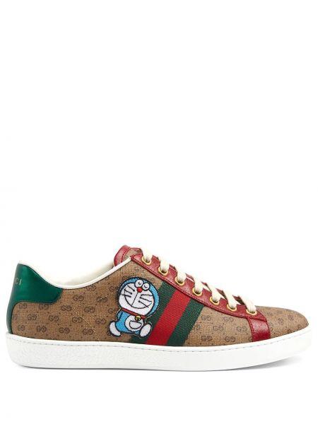 Sneakersy skorzane sznurowane koronkowe Gucci