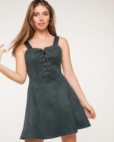 Платье кожаное весеннее Itelle