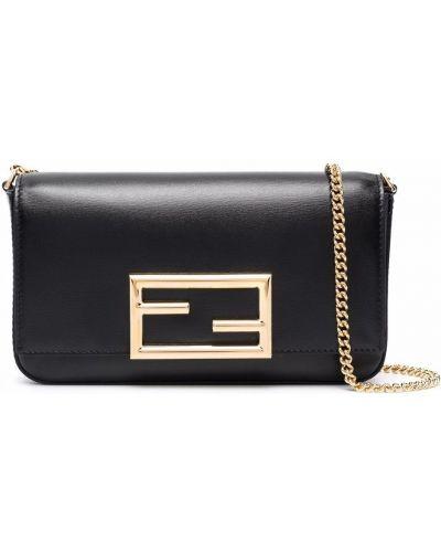Черная сумка на плечо Fendi