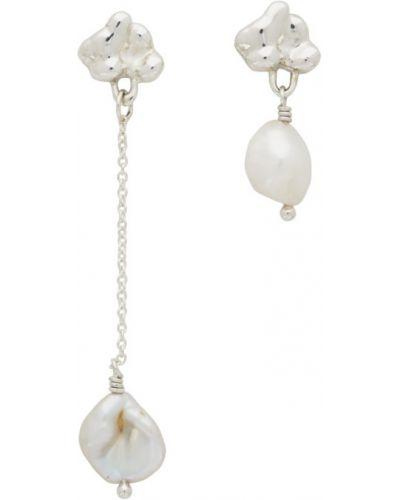 Асимметричные серебряные серьги-гвоздики с жемчугом Faris