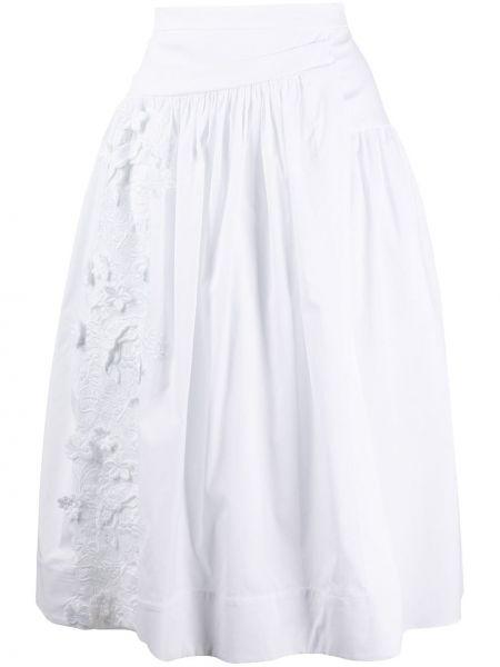 Белая плиссированная юбка с вышивкой Rochas