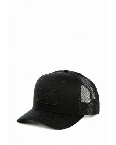 Кепка черная Nike