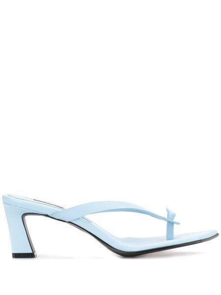 Кожаные синие открытые босоножки на каблуке Reike Nen