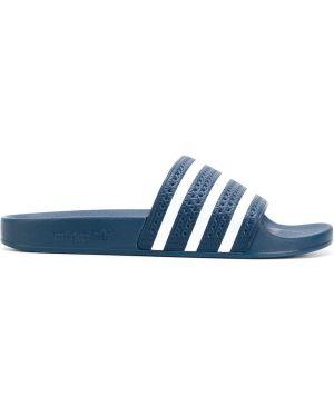 Белые шлепанцы Adidas