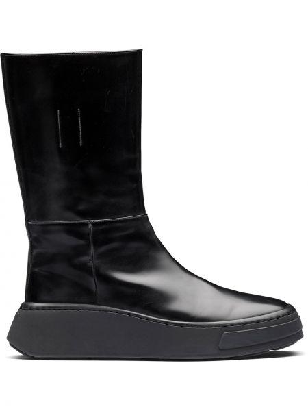 Czarny buty skórzane okrągły na pięcie okrągły nos Prada