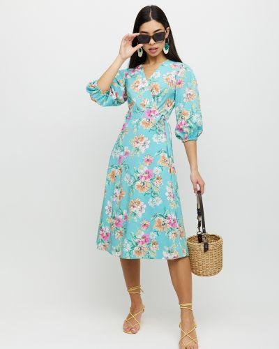 Приталенное платье с запахом Cardo