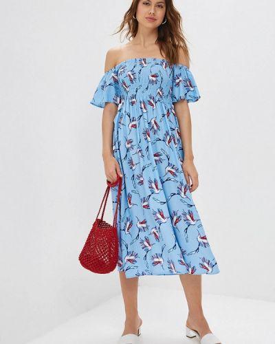 Платье с открытыми плечами весеннее Zarina